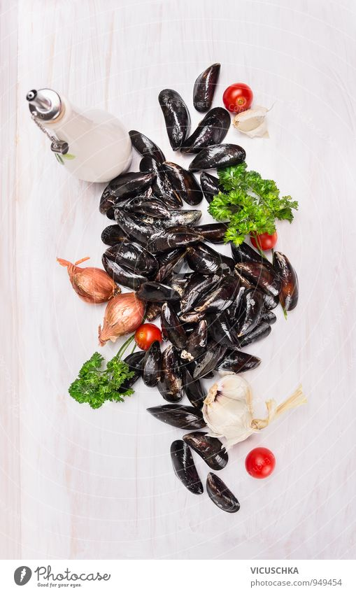 Mussels, herbs, onion and garlic Food Seafood Vegetable Herbs and spices Nutrition Lunch Dinner Banquet Organic produce Vegetarian diet Diet Lifestyle