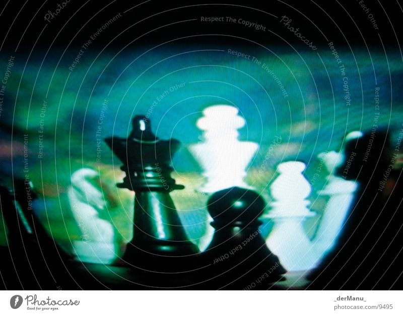 Blurred strategy Planning Lose Horse Green Pixel TV set Macro (Extreme close-up) Close-up chess Chessboard screen Lady King Blue blured Modern black white