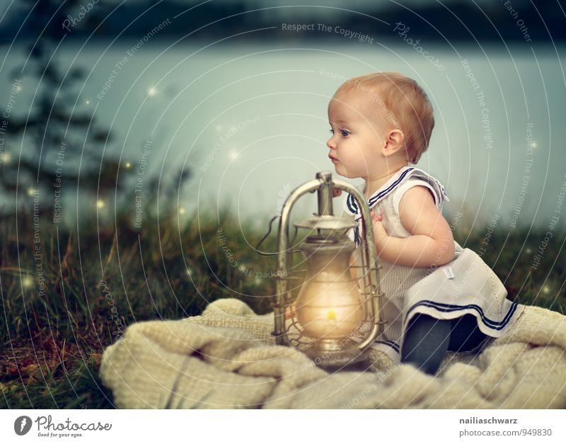 Baby at the lake Child Toddler Girl 1 Human being 0 - 12 months 1 - 3 years Nature Landscape Lake Clothing Candle Street lighting Lamp Observe Discover Crouch