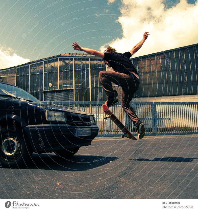 Car skate II Skateboarding Jump Hop Grind Air Acrobat Youth (Young adults) Freak Industrial district 3 Crazy Scrap metal Car Hood Clouds Tin Go crazy