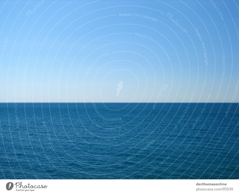 stylism Ocean Infinity Far-off places Undulating Dive Sailing Relaxation Vantage point Color gradient Vacation & Travel Horizon Minimal Gap Release Grief