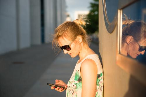 WhatsUpp? Leisure and hobbies Trip City trip Cellphone PDA Human being Feminine Young woman Youth (Young adults) 1 18 - 30 years Adults 30 - 45 years Berlin