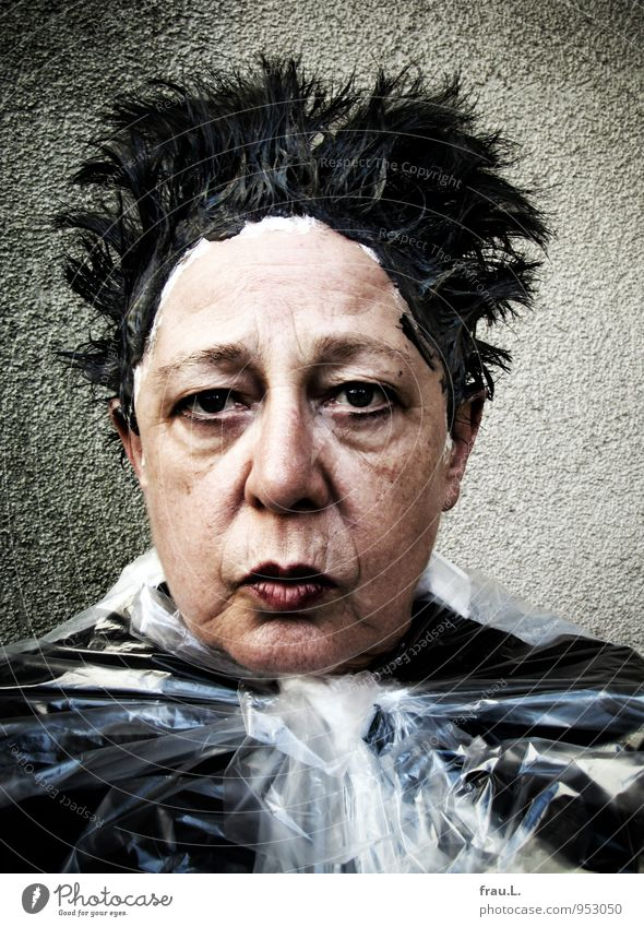 Human being Woman Beautiful Adults Senior citizen Feminine Funny Hair and hairstyles Exceptional Head Crazy 60 years and older Female senior Plastic Trashy Concern
