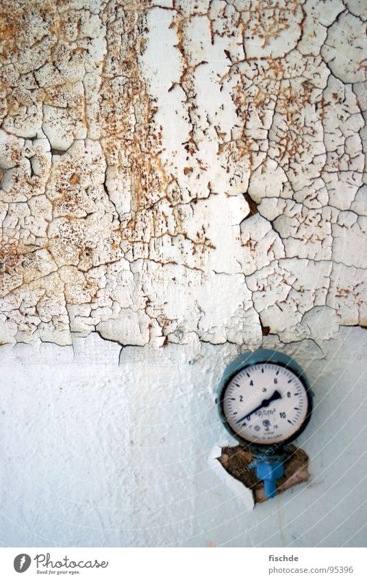Pressure(drop) Bar Barometer Derelict Broken Clock Wall (building) White Pascal Loneliness Old is no longer possible without print Clock hand Destruction