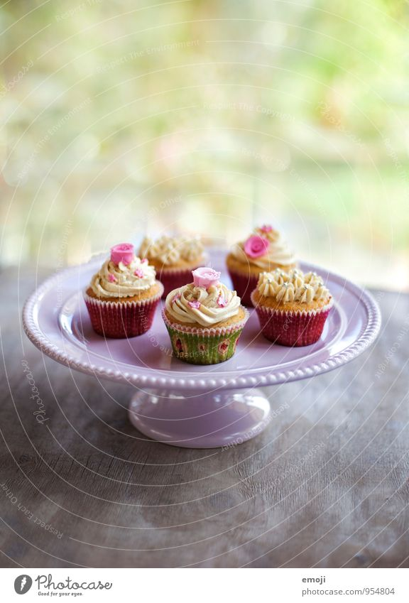 cupcakes Dough Baked goods Cake Dessert Candy Nutrition To have a coffee Slow food Finger food Delicious Sweet Pink Cupcake Colour photo Interior shot Deserted