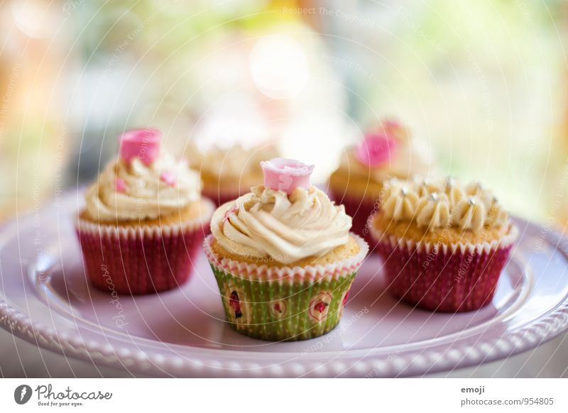 cupcakes Dough Baked goods Dessert Candy Cupcake Nutrition Picnic Finger food Delicious Sweet Colour photo Interior shot Deserted Day Shallow depth of field