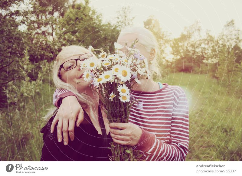 Human being Nature Youth (Young adults) Green Young woman Joy 18 - 30 years Adults Feminine Spring Friendship Contentment Blonde Smiling