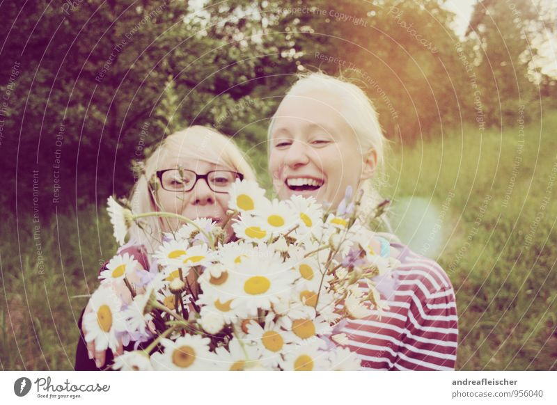 Human being Nature Youth (Young adults) Young woman Flower Joy 18 - 30 years Forest Adults Feminine Spring Happy Laughter Friendship Blonde Smiling