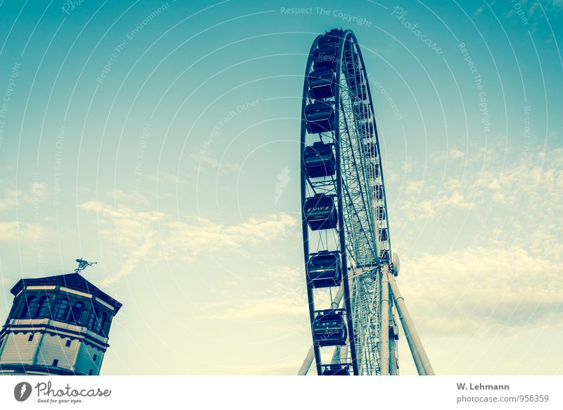 City Heaven Joy Places Tower Federal eagle Capital city Tourist Attraction Old town Fairs & Carnivals Pride Duesseldorf Ferris wheel North Rhine-Westphalia