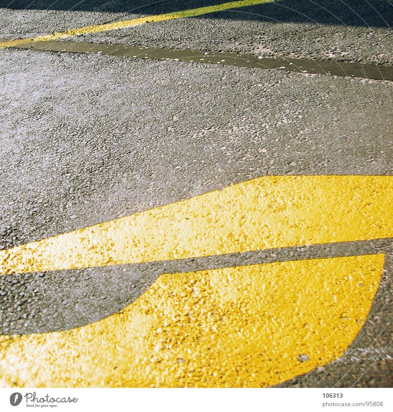 Yellow Street Lanes & trails Line Driving Round Asphalt Arrow Direction Signage Traffic infrastructure Geometry Arch Triangle Curved Traffic lane