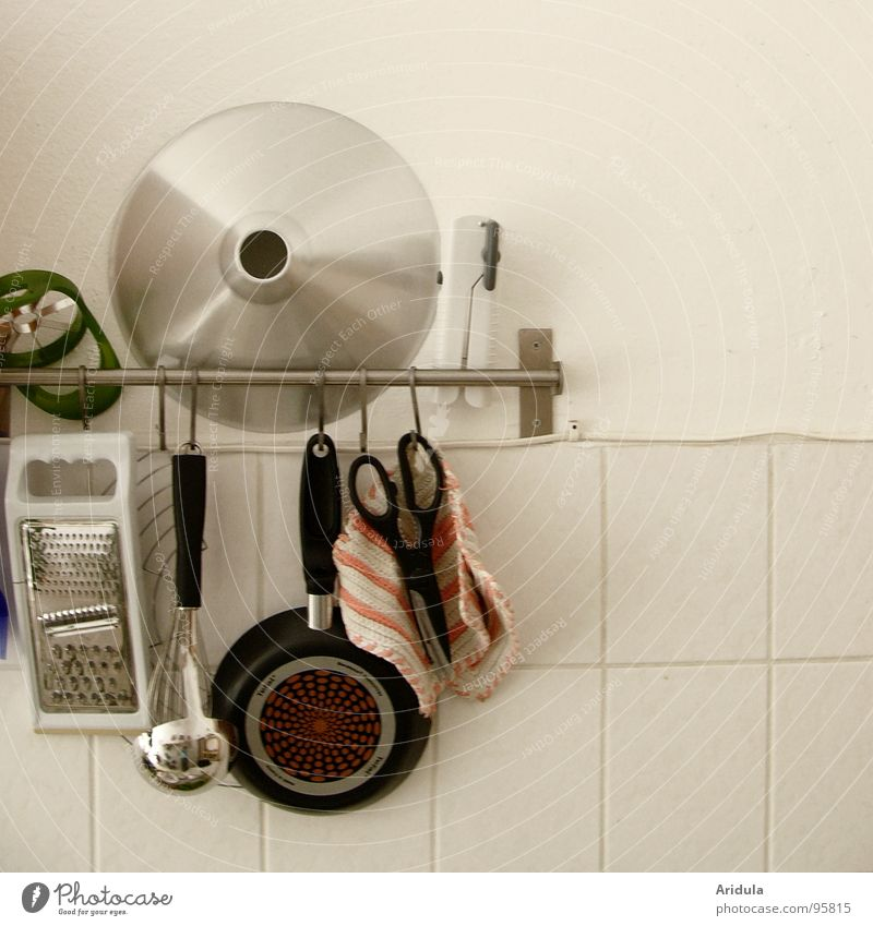 Kitchen_04 Cooking Pan Grater Wall (building) White Household Nutrition Tile shear Ladle Oven cloth
