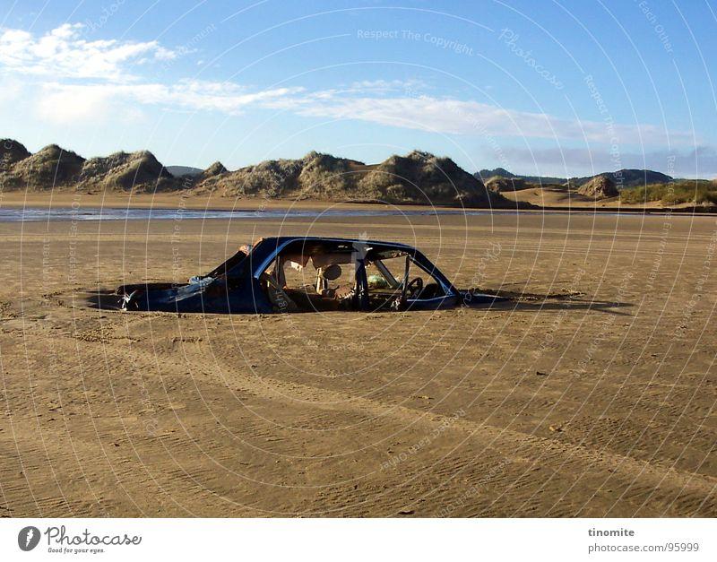Sky Blue Old Ocean Loneliness Mountain Coast Death Horizon Car Broken Parking Australia Doomed Scrap metal Trash