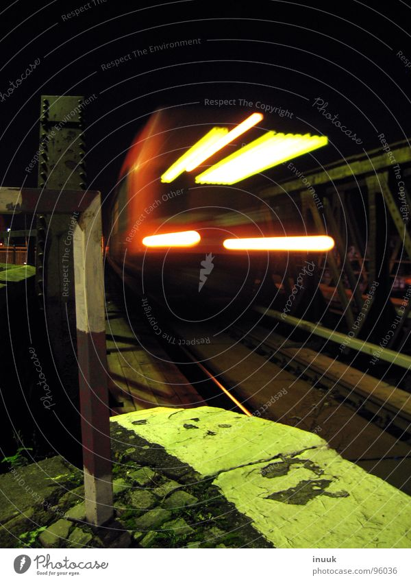 Halogen curve light Commuter trains Night Train station Underground Ostkreuz border posts Pole