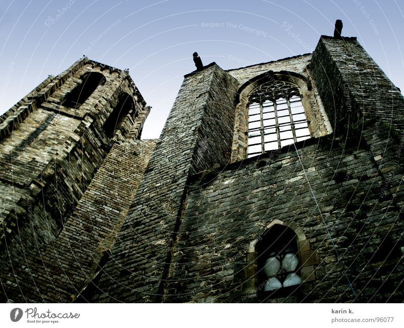 church Wall (barrier) Brick Wall (building) Facade Creepy Window House of worship Religion and faith Rope Karin wellner Castle