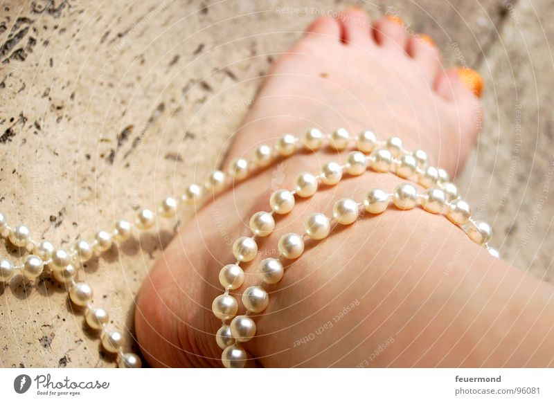 Woman Human being Feet Legs Skin Safety Connection Pearl Noble Toes Necklace Handcuff Bound Shackled Ankle chain