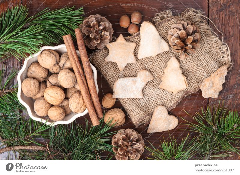 Christmas decoration Green Natural Wood Lifestyle Feasts & Celebrations Brown Decoration Authentic Individual Heart Cooking & Baking Gift Uniqueness Star (Symbol) Seasons Cloth