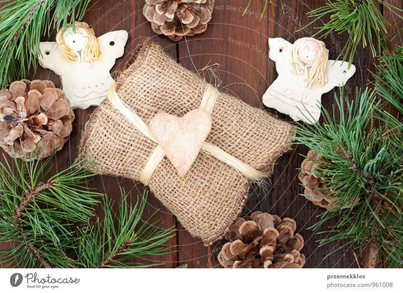 Christmas gift Green Joy Natural Wood Lifestyle Feasts & Celebrations Food Brown Decoration Authentic Individual Heart Gift Uniqueness Rope String