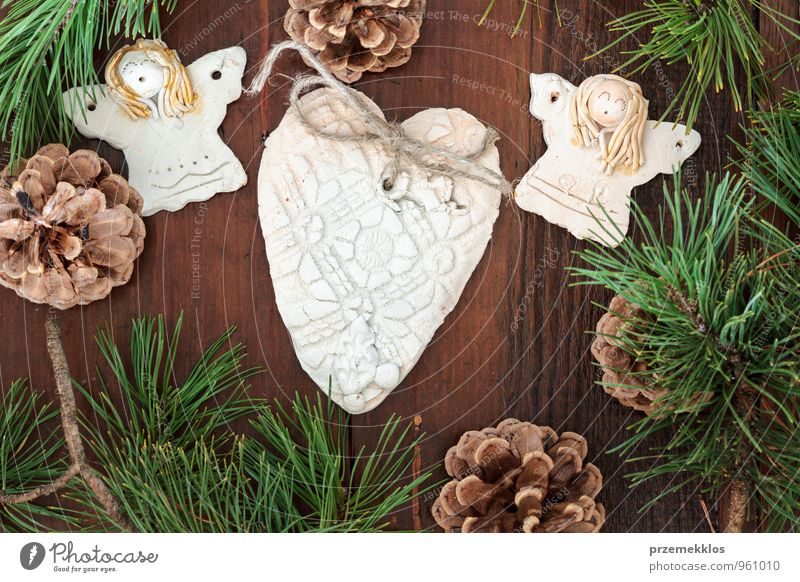 Christmas decoration Green Natural Wood Lifestyle Feasts & Celebrations Brown Decoration Authentic Individual Heart Uniqueness Rope String Seasons Twig Angel