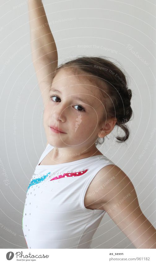 pose Harmonious Sports Gymnastics competitive gymnastics Sporting event Parenting Child Schoolchild Girl Infancy Life Body 1 Human being 3 - 8 years Dance