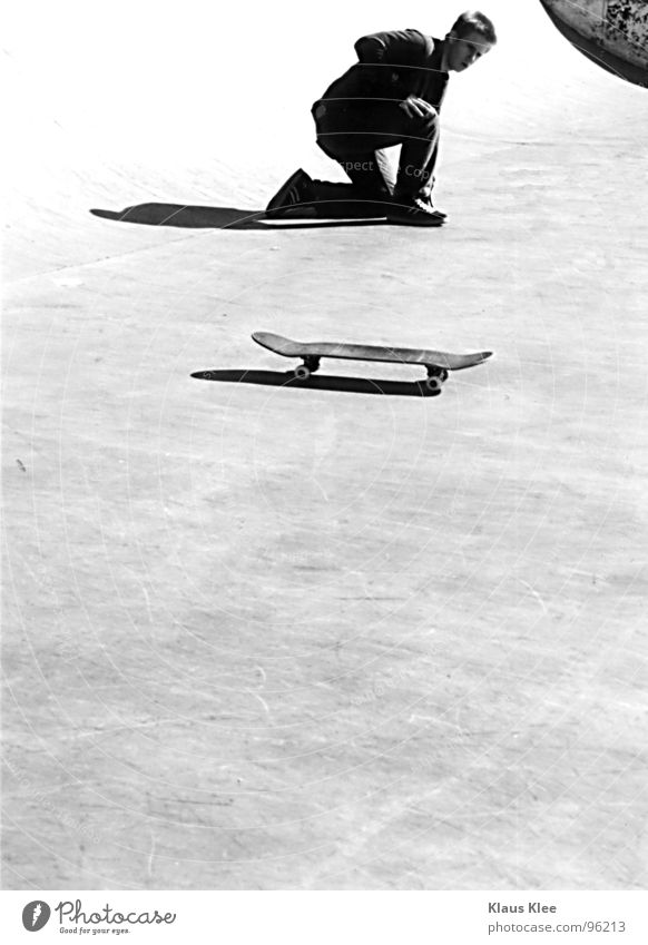 style Man Skateboarding Art Lifestyle Black White Concentrate Black & white photo Sports Playing skateboard Peter Cool (slang) contest Sporting event Coil