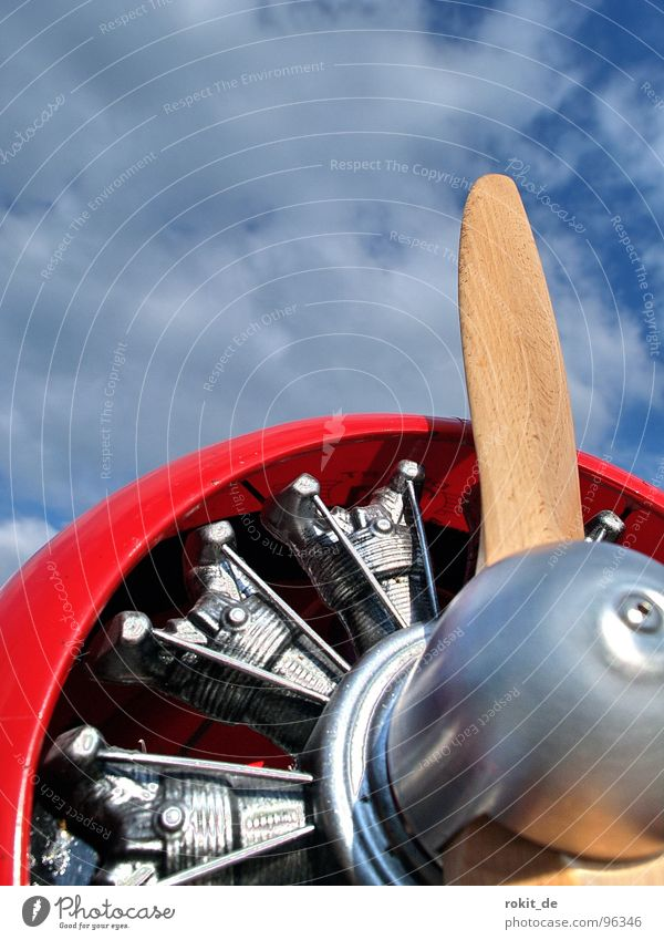 Sky Blue Red Wood Air Airplane Wind Industry Aviation Technology Leisure and hobbies Rotate Silver Engines Vintage car Propeller