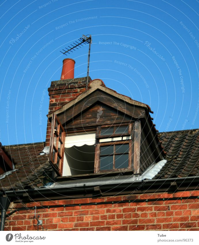Blue Window Flat (apartment) Poverty Roof Living or residing Brick Narrow Chimney England Antenna Welcome Working man Great Britain