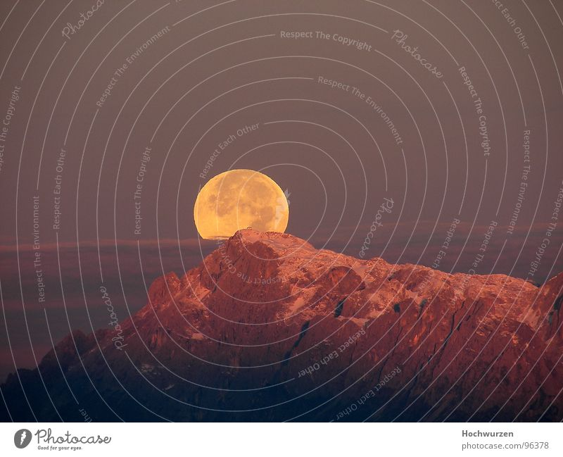 Sky Beautiful Mountain Weather Romance Round Peak Moon Gorgeous Full  moon Salzkammergut Steep face Red hot Austria Climate Moonrise
