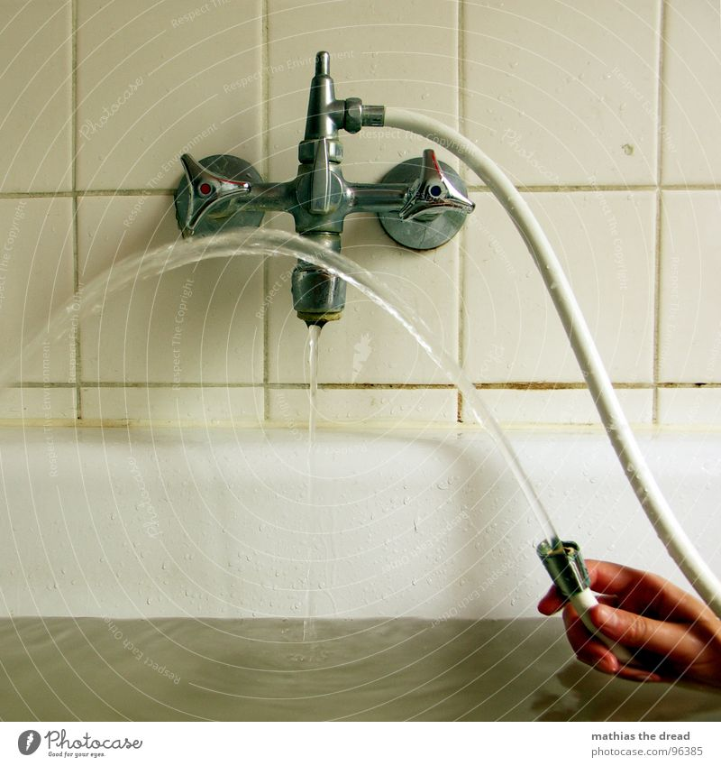 Water Hand Joy Cold Warmth Playing Wet Drops of water Bathtub Bathroom Physics Part Tile Fluid Rotate Damp