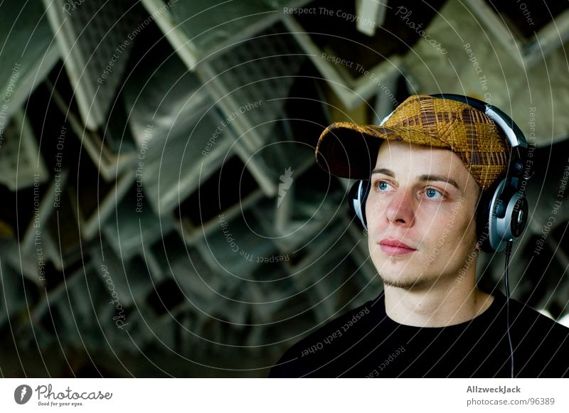 Man Music Masculine Media Listening Derelict Hat Cap To enjoy Shabby Disc jockey Headphones Blanket Sound Loud Crash