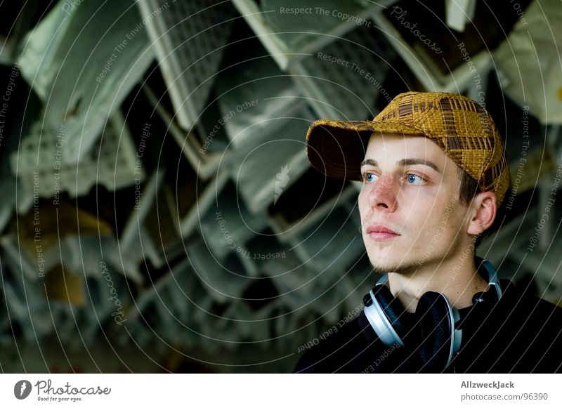 Man Music Masculine Media Listening Derelict Hat Cap To enjoy Shabby Disc jockey Headphones Blanket Sound Loud Crash