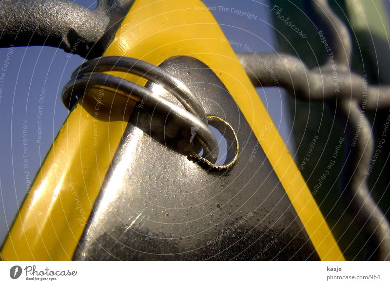 Dresdens Schilder - Wire through hole 01 Warning sign Fastening Yellow Fence Industry Signs and labeling Hollow Detail