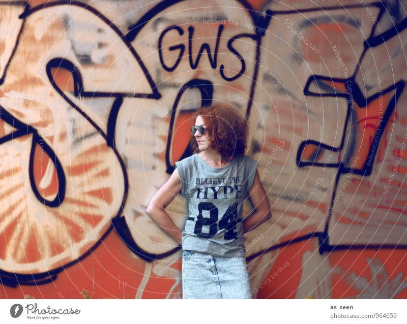 graffiti Woman Adults 1 Human being 30 - 45 years Environment Summer Berlin Town Downtown Wall (barrier) Wall (building) Tourist Attraction T-shirt Skirt
