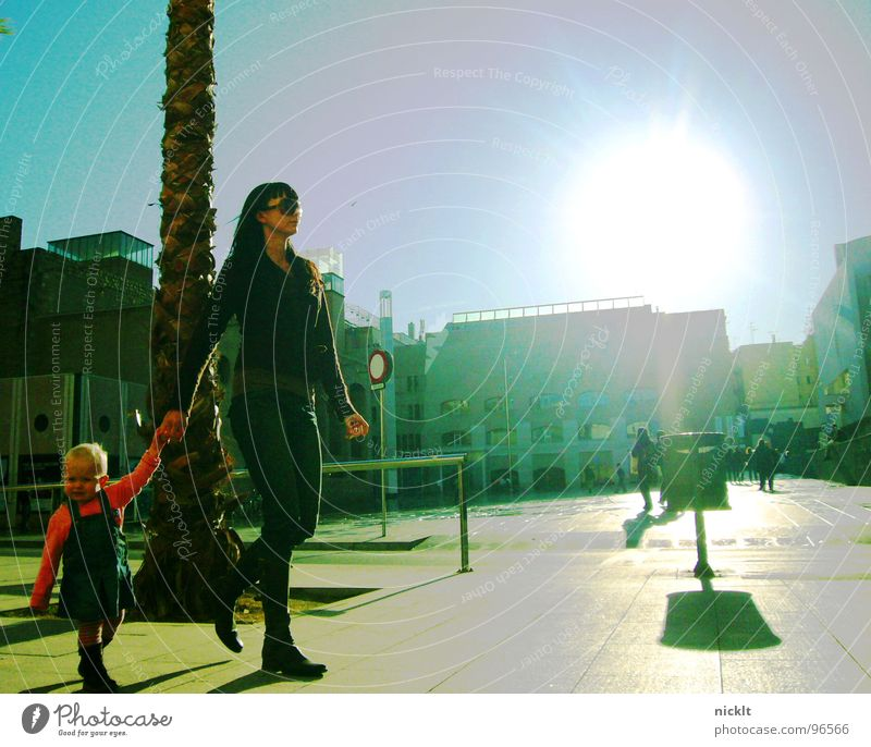 Child Sun Love Family & Relations Places Mother To go for a walk Parents Traffic infrastructure Museum Barcelona Spain
