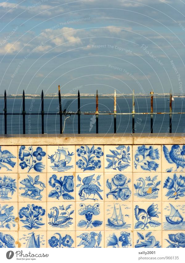 Portuguese prospects... Painting and drawing (object) Lisbon Portugal Wall (barrier) Wall (building) Facade Observe Looking Old Esthetic Exceptional Famousness
