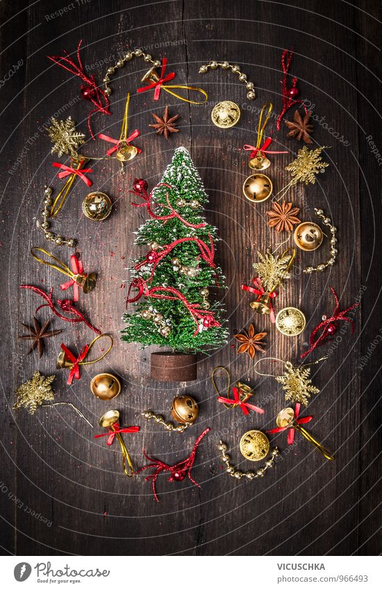 Nature Christmas & Advent Winter Dark Interior design Background picture Wood Flat (apartment) Design Decoration Gold Card Tradition Christmas tree Jewellery