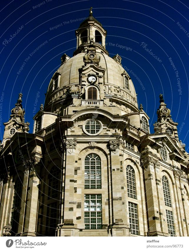 Sky Building Religion and faith Germany Dresden Manmade structures Landmark Saxony House of worship Renewal Frauenkirche Protestantism Restoration