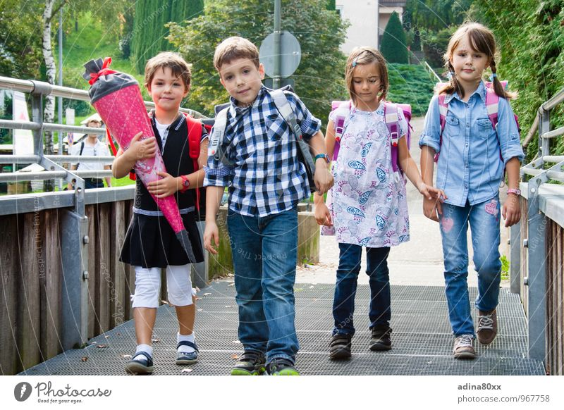 First day of school Parenting Education School Study Student Girl Boy (child) Friendship Infancy Together Smart Diligent Disciplined Curiosity Beginning