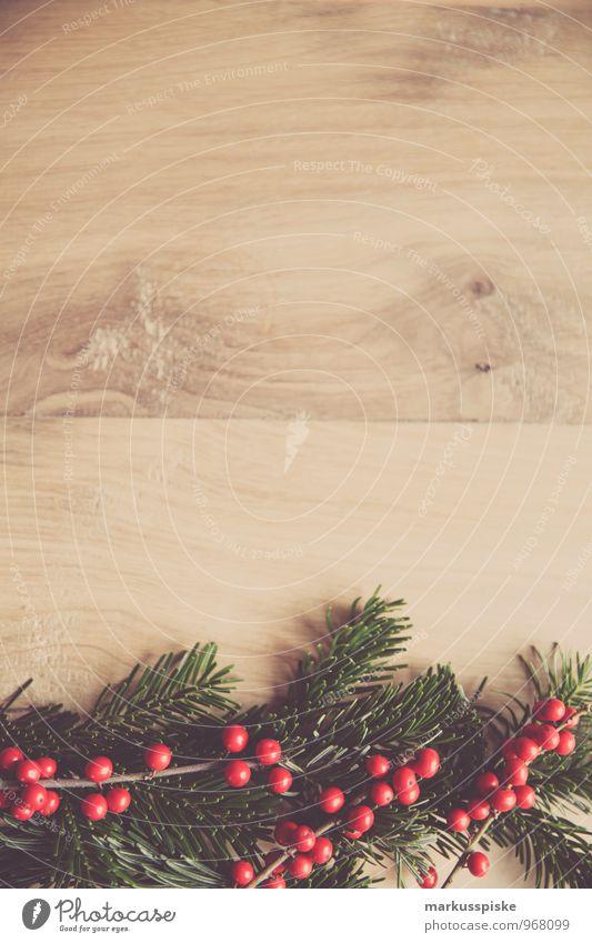 christmas decoration holly Luxury Elegant Style Living or residing Flat (apartment) Interior design Decoration Christmas & Advent Moss Holly Frame
