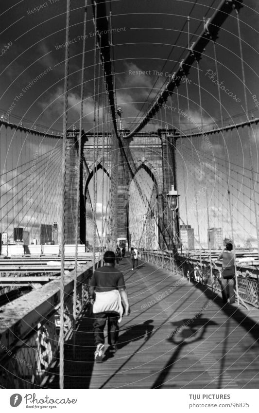 NEW YORK Brooklyn Bridge New York City Jogging Stone bridge Brookly Brigde Black & white photo Wire cable Rope Walking Shadows cris