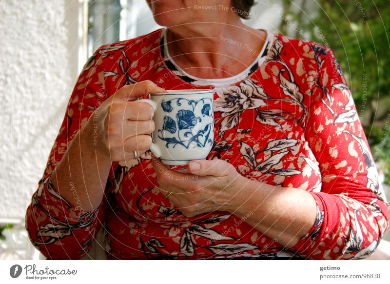 the good fee Cup Drinking Pattern Flowery pattern Hand Woman Café Summer Tea Garden Coffee
