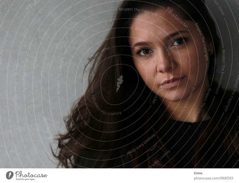 . Feminine Young woman Youth (Young adults) 1 Human being Wall (barrier) Wall (building) Brunette Long-haired Observe Looking Wait Beautiful Emotions Willpower