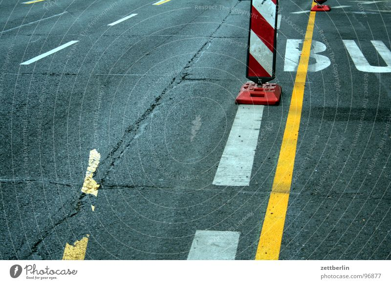 StVO : Road traffic regulations {f} = Highway Code Asphalt Transport Road sign Logistics Diversion Countdown marker Town Alexanderplatz Traffic infrastructure