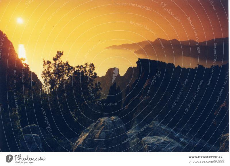 Sun Ocean Vacation & Travel Mountain Moody Bizarre Sunglasses Filter Corsica