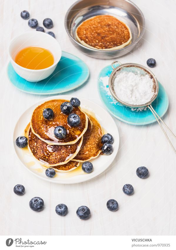 Breakfast with pancakes and blueberries Food Fruit Dough Baked goods Dessert Nutrition Crockery Bowl Pan Style Design Healthy Eating Interior design Kitchen