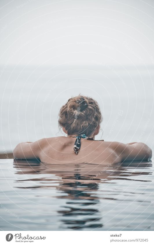 rest Young woman Youth (Young adults) Hair and hairstyles Back 1 Human being 18 - 30 years Adults Ocean Swimming & Bathing Relaxation To enjoy Looking Power