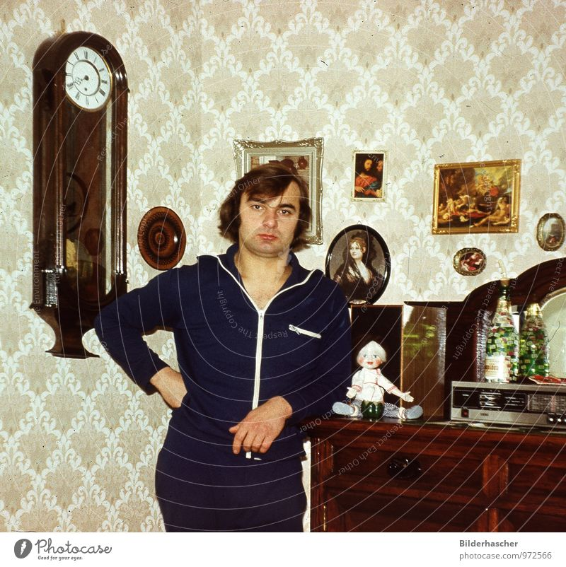 nostalgia Young man Man Looking Living or residing Relaxation Long-haired Old Wallpaper Image Decoration Portrait photograph Radio (device) Doll Cupboard