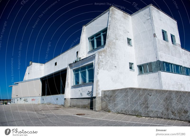 White Blue City House (Residential Structure) Loneliness Building Large Europe Industry Factory Simple Derelict Americas Beautiful weather Defective