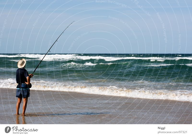 Long rod Fishing (Angle) Angler Fishing rod Pacific Ocean Australia Queensland Summer Waves Beach Leisure and hobbies Coast Gold Water Hat niggl