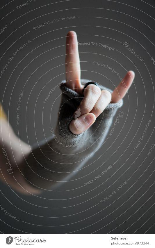 "<font color=""#ffff00"">-=Rock´n=- sync:ßÇÈâÈâ Arm Hand Fingers 1 Human being Autumn Winter Ring Gloves Cold Warmth Soft Rock music Rocking out Rock'n'Roll"