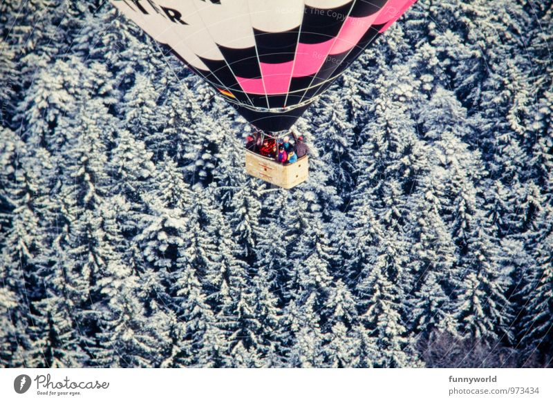 above the tops Balloon flight Balloon basket Adventure Freedom Winter Snow Winter vacation Human being Group Hot Air Balloon Aircraft Driving Flying Infinity